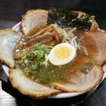 大文字 - 料理写真:にぼとんチャーシュー(900円)