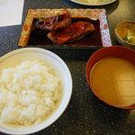 こじま食堂 - 煮魚定食980円