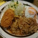 キッチンABC - 日替わり:生姜焼き、カニクリームコロッケ、目玉焼き