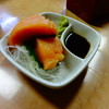 立ち呑み処 丸美 - 料理写真:サーモンのお造り350円(税込) ※2016年9月