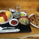 小鳥食堂 - オムライス(大盛)+唐揚げ【料理】