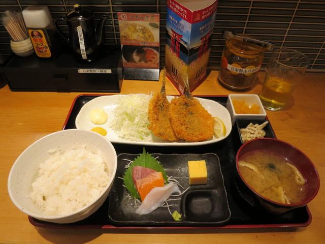 四ツ谷魚一商店 - 手作りアジフライ定食