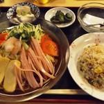 金麟 - 冷やし中華(750円)