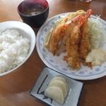シェット - Fセットの海老フライ・アジフライ¥1,000