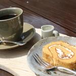 あしびの郷 - コーヒーと手作り洋菓子