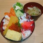 まるかつ水産 - 函館が来た丼♥ ネーミングに惹かれました♥ ((o(^∇^)o)) ハコダテ キタ~