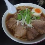 ラーメン屋 アスク ヒム - 「COMPLETSHOT 」(醤油味チャーシュー麺:890円)