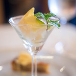 リストランテ ヴァレンティーノ - ドルチェ、冷凍梨(こほらせたるなし)