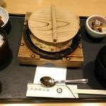 清月堂本店 - [料理] 穴子の柳川御膳 (ふたを取る前) 全景♪w