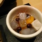 清月堂本店 - [料理] デザートの蜜豆 アップ♪w