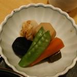 清月堂本店 - [料理] 野菜の煮物 アップ♪w