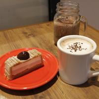 ドロップコーヒー - マロンケーキとショコラッテマロン