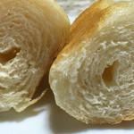 ドンク - 旨味岩塩のロールパンの断面
