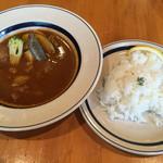 56134539 - とろとろ牛スジと野菜のスープカレー ご飯少な目¥850