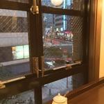 Bumboudougyararikafe - 駿河台下の交差点を見られるカフェができるとは!