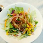 グリル プランセス - ジャンボハンバーグランチについてくるサラダ