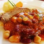 56139830 - 色々なお豆のトマトソースと豚肉ソテー