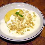 ジェイエス パンケーキカフェ - マカダミアナッツクリームソースパンケーキ キャラメルソース付き(\1,200)