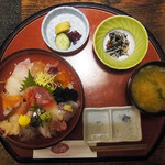 浜の郷 - 大漁丼 1300円