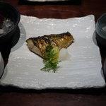 魚料理 ぎん - 焼魚定食