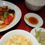 中国料理 兆楽 - 酢豚定食♪