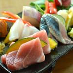 本日のおすすめ鮮魚のお刺身盛り合わせ 5種