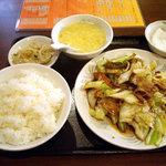 栄華楼 - 「ホイコーロ定食」700円