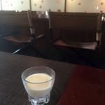カフェ アジール - 珈琲のミルク