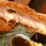 萬時 - チーズ入豚カツ
