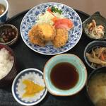 道の駅 原尻の滝 レストラン白滝 -