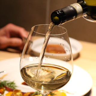 お料理に合ったワインをセレクトいたします
