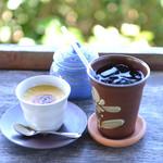 土花土花 - 料理写真:プリンとアイスティーのセット