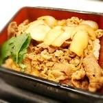 吉野家 - 松茸牛丼