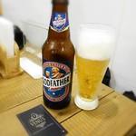 ヴェヌス サウス インディアン ダイニング - ゴッドファーザーラガー瓶ビール¥500