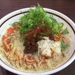 濃厚担々麺はなび - 濃厚担々麺  850円。同行者が注文