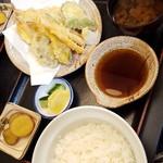 角三 - 「天ぷら定食」(980円)
