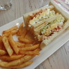KONAYUKI - 料理写真:チキンと玉子のサンドウィッチ&イチゴとクリームのサンドウィッチ