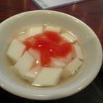 峨嵋山 - 杏仁豆腐