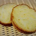 石窯パン工房 こばぱん - ラウンド北海道バター