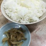 56201176 - 麻婆豆腐定食のライスとザーサイ