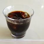 56201664 - 食後のアイスコーヒー(100円)です。