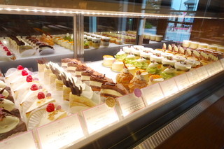 平五郎 本店 - パティスリースペースのケーキ達