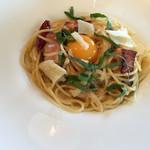 イタリアン食堂カンパーニュ - 農家のベーコンと有機卵のペペボナーラ