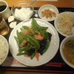 福招門 - スナックえんどうと豚肉炒め定食 ¥500-