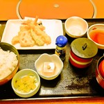 和食さと - 料理写真:天ぷら盛り合わせ定食