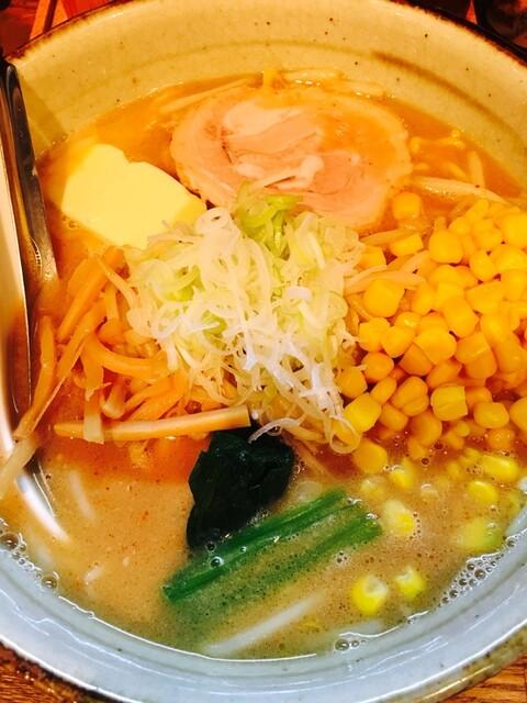 粋な一生 - 味噌ラーメン+バター+コーン