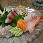 おおくら - 料理写真:刺身の盛り合わせ