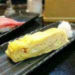 グルメ廻転寿司  まぐろ問屋 めぐみ水産 - 自家製玉子焼き