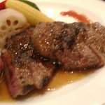マリーナ - 牛ステーキが柔らかい!
