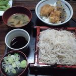 56211140 - 20160917 穴子丼セット850円蕎麦普通盛り